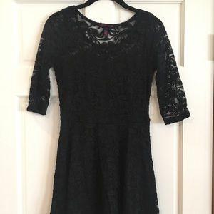 Black Half Sleeve Lace Dress